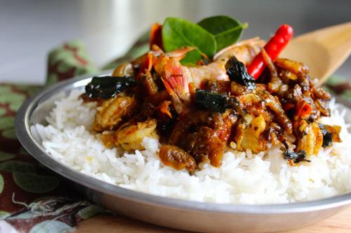 Comment faire, étape par étape, une recette au déshydrateur avec des crevettes séchées