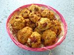Rochers moelleux aux tomates séchées et boulettes oignons